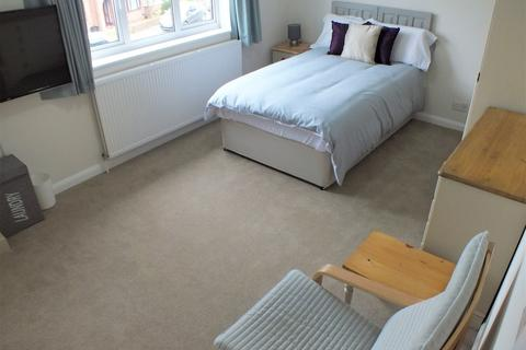 1 bedroom house share to rent - Delamere Road, Earley, Reading