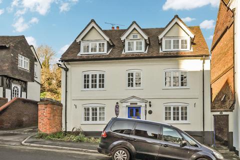 2 bedroom maisonette for sale - The Mount, Guildford