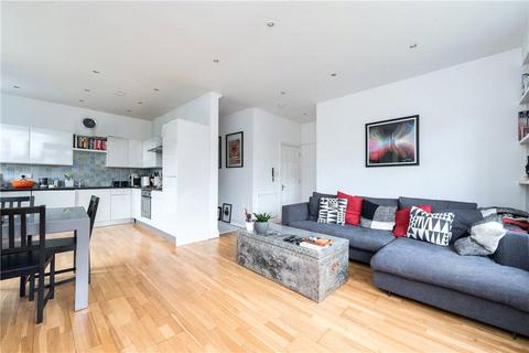 2 bedroom apartment to rent - Hillside Road, London, SW2