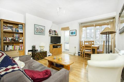 3 bedroom apartment to rent - Rodenhurst Road, London, SW4