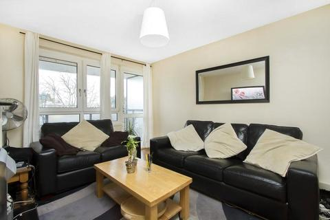 2 bedroom apartment to rent - Tooting Bec Road, London, SW17