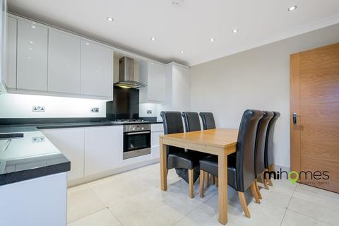 2 bedroom apartment to rent - Grovelands Court, Southgate