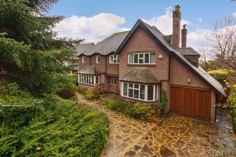 4 bedroom detached house for sale - Fourth Avenue, Worthing