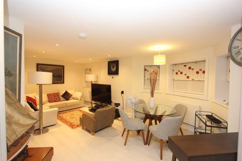 3 bedroom apartment to rent - Montagu Gardens, Wallington