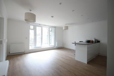 2 bedroom flat to rent - Beckenham