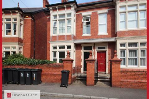 Studio to rent - Fields Park Road, Newport ,