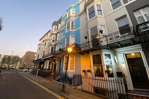Studio to rent - Charlotte Street, Brighton, East Sussex, BN2 1AG