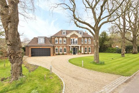 6 bedroom detached house to rent - Old Chestnut Avenue, Claremont Park, Esher, Surrey, KT10