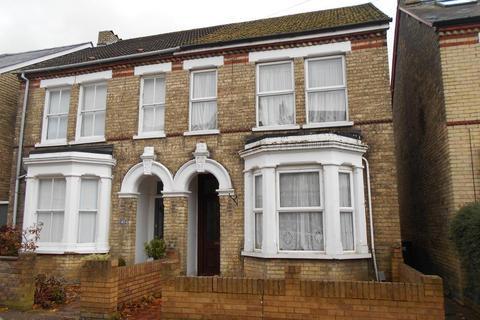 3 bedroom semi-detached house for sale - Clarendon Street, Bedford, MK41 7SQ
