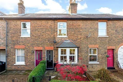 2 bedroom terraced house to rent - Chart Lane, Reigate, Surrey, RH2