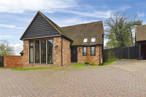 3 bedroom detached house to rent - Henley Road, Marlow, Buckinghamshire, SL7