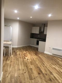 Studio to rent - Flat 57