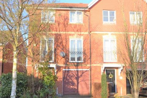4 bedroom townhouse to rent - Chamberlain Drive, Wilmslow