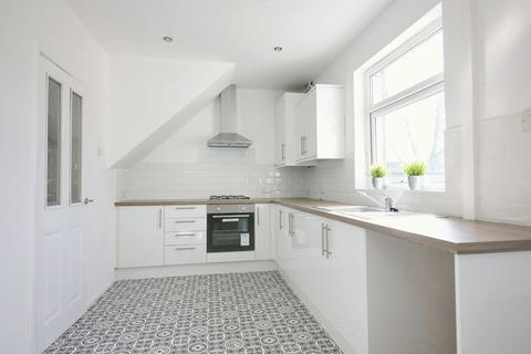 3 bedroom house to rent - Oak Avenue, Newton-Le-Willows