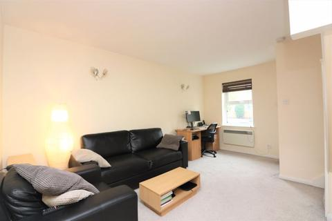 2 bedroom terraced house to rent - Westferry Road, Isle of Dogs, E14