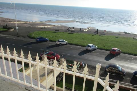 1 bedroom flat for sale - De La Warr Parade, Bexhill-On-Sea