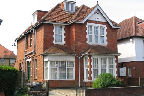 1 bedroom flat to rent - Talbot Road, , Winton