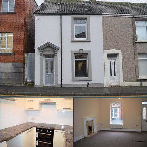2 bedroom end of terrace house for sale - Beach Street, Sandfields, Swansea
