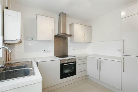 2 bedroom end of terrace house to rent - Clive Road, Belvedere, DA17