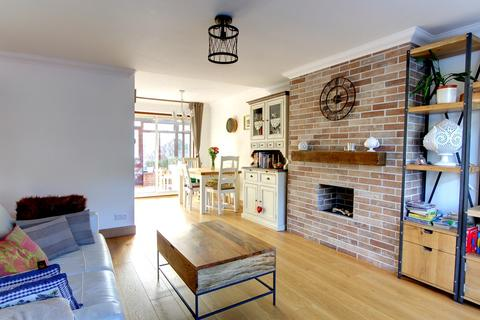 3 bedroom terraced house for sale - Oaklands Road, Bromley, BR1