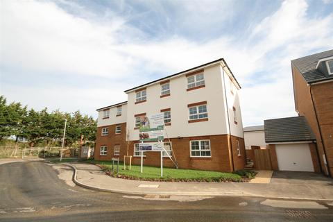 2 bedroom apartment for sale - 17 Swallow Close, Peacehaven