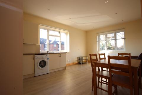 2 bedroom flat to rent - Friary Road, Acton, W3 6AE