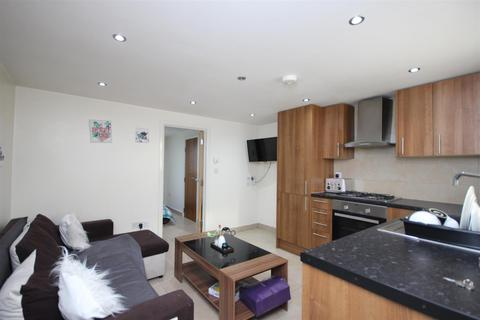 1 bedroom flat to rent - Lowfield Road, West Acton, W3 0AY