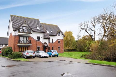 2 bedroom flat for sale - Wren Drive, West Drayton, Middlesex, UB7