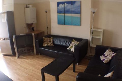 3 bedroom flat to rent - Hampton Road, Redland