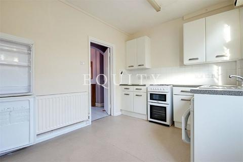 2 bedroom terraced house to rent - Bedwell Road, LONDON, N17