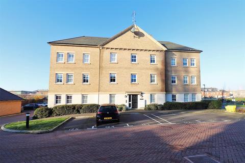 2 bedroom ground floor flat for sale - Rainbow Road, Erith