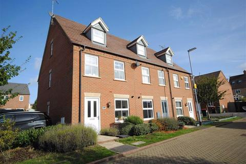 3 bedroom end of terrace house for sale - Raven Way, Leighton Buzzard
