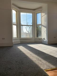 2 bedroom flat to rent - 18 Wilson Grove, Southsea PO5