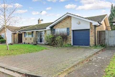 3 bedroom detached bungalow for sale - Grange Road, Pitstone