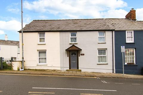2 bedroom terraced house for sale - Main Road, Gilwern, Abergavenny, Monmouthshire, NP7