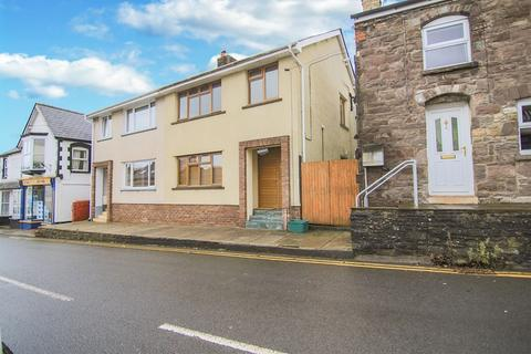 3 bedroom semi-detached house for sale - Main Road, Gilwern, Abergavenny, Monmouthshire, NP7