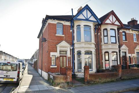 3 bedroom end of terrace house for sale - Chichester Road, Portsmouth