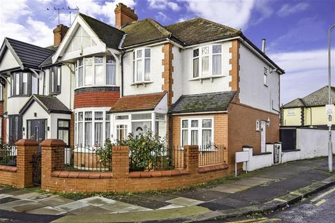 5 bedroom end of terrace house for sale - Ashburton Avenue, Ilford, Essex