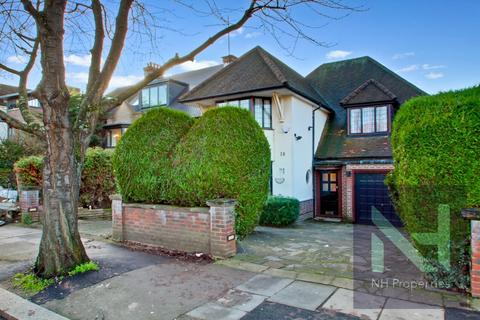 4 bedroom detached house to rent - Wykeham Road, Hendon NW4