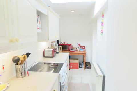 Studio to rent - Clarendon Drive, Putney SW15