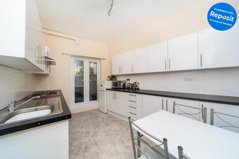4 bedroom terraced house to rent - Roundhill Crescent, Brighton, East Sussex, BN2
