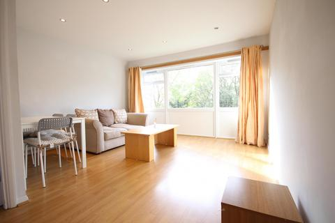 2 bedroom flat to rent - Palace View, Grove Park, SE12