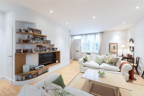 3 bedroom mews to rent - Devonshire Mews West, London