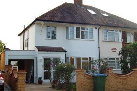 3 bedroom detached house to rent - Zangwill Road, London, SE3