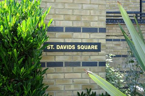 5 bedroom character property for sale - St. Davids Square, London, E14