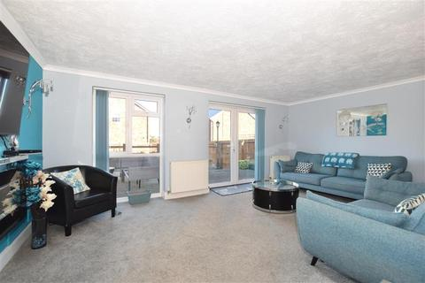 4 bedroom detached house for sale - Heath Road, Coxheath, Maidstone, Kent