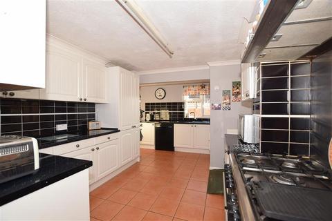 4 bedroom detached house for sale - Heath Road, Coxheath, Maidstone, Kent