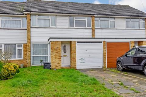 3 bedroom terraced house for sale - Detling Close, Hornchurch, RM12
