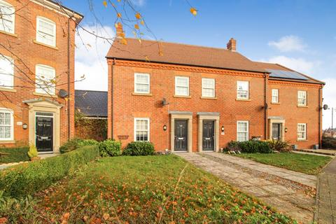 3 bedroom end of terrace house for sale - Greenkeepers Road, Great Denham, Bedford