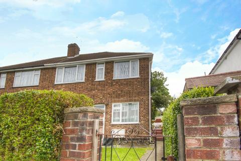 2 bedroom maisonette for sale - Glebe Crescent, Harrow